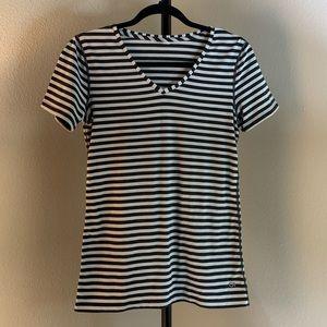 Women's - GAP T-Shirt